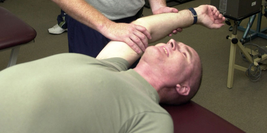 shoulder-pain-chiropractic - Charlotte Chiropractor