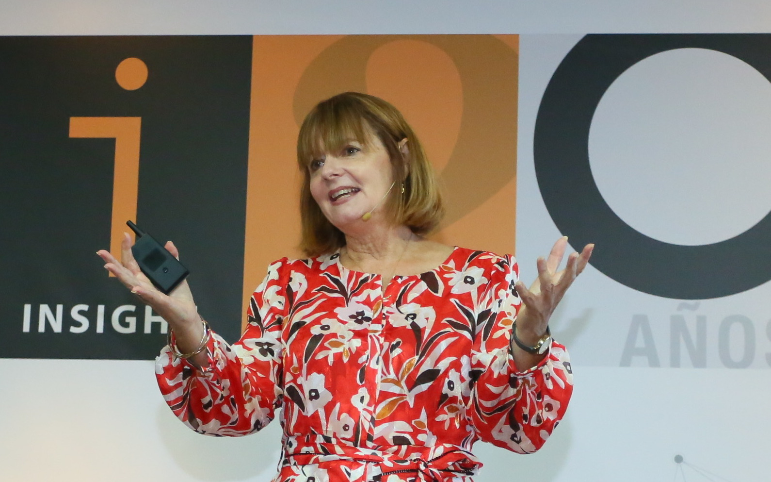 Linda Speaking Pic