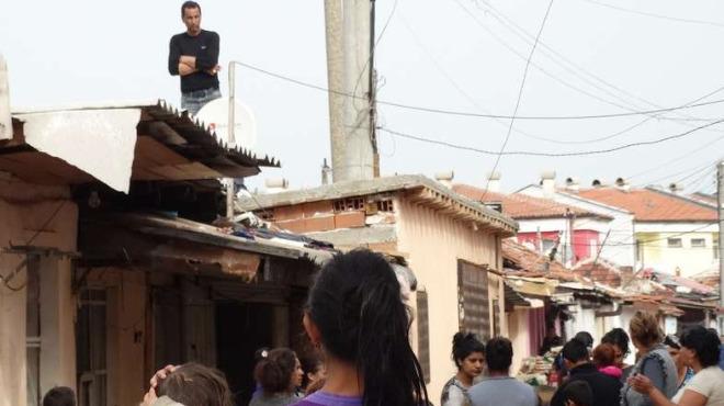 ПО РЕД на НОМЕРАТА: Бутат незаконни бараки и в Шекер махала (ВИДЕО)