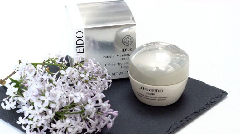 Mai Favoriten – Shiseido Ibuki Refining Moisturizer Enriched, Zuvier Kupertisch, Espadrilles