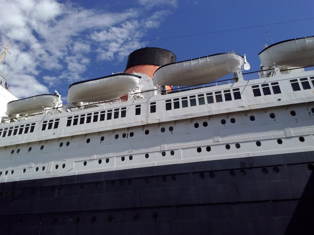 RMS Queen Mary close