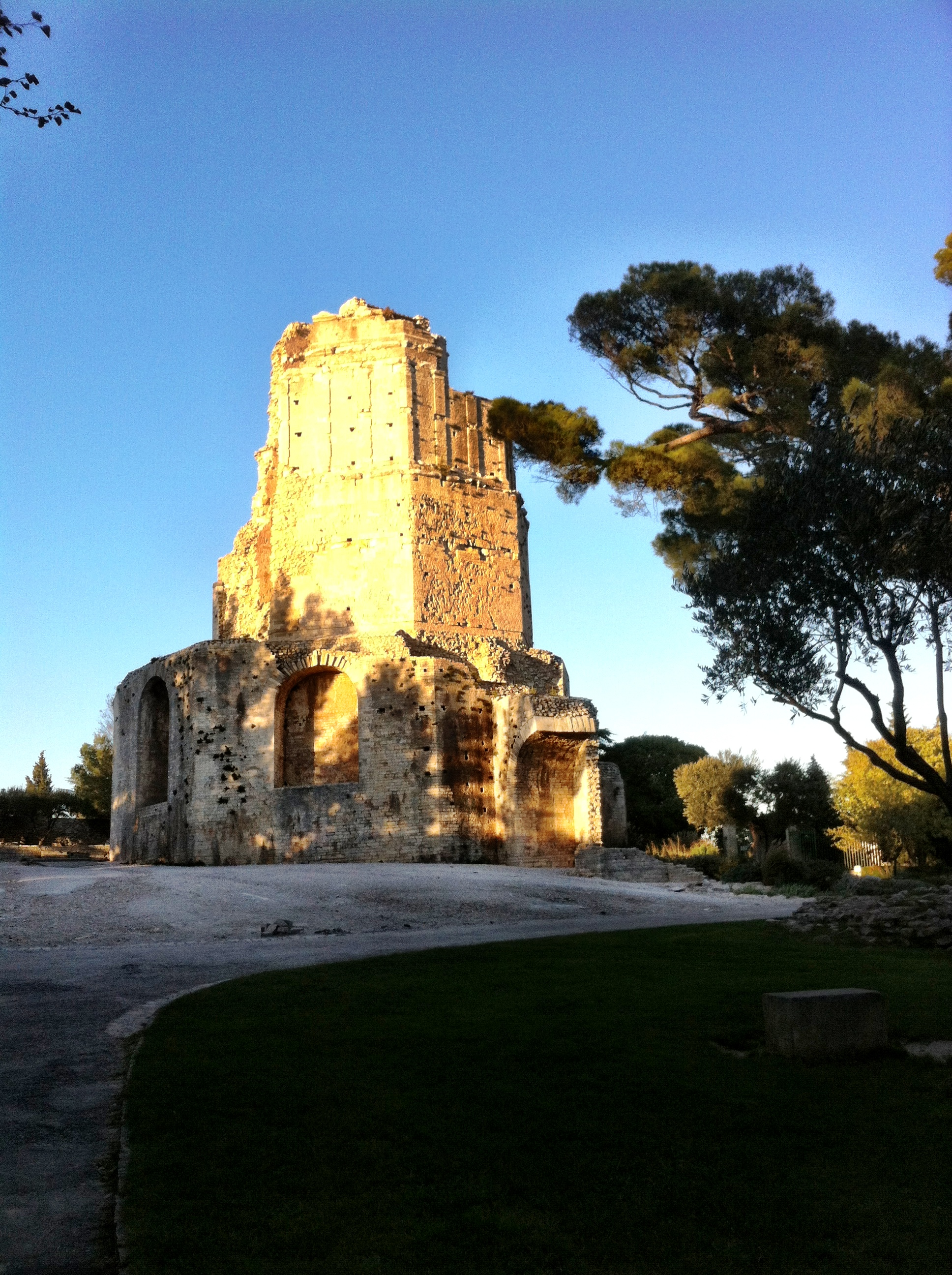 Tour Magne in Nimes