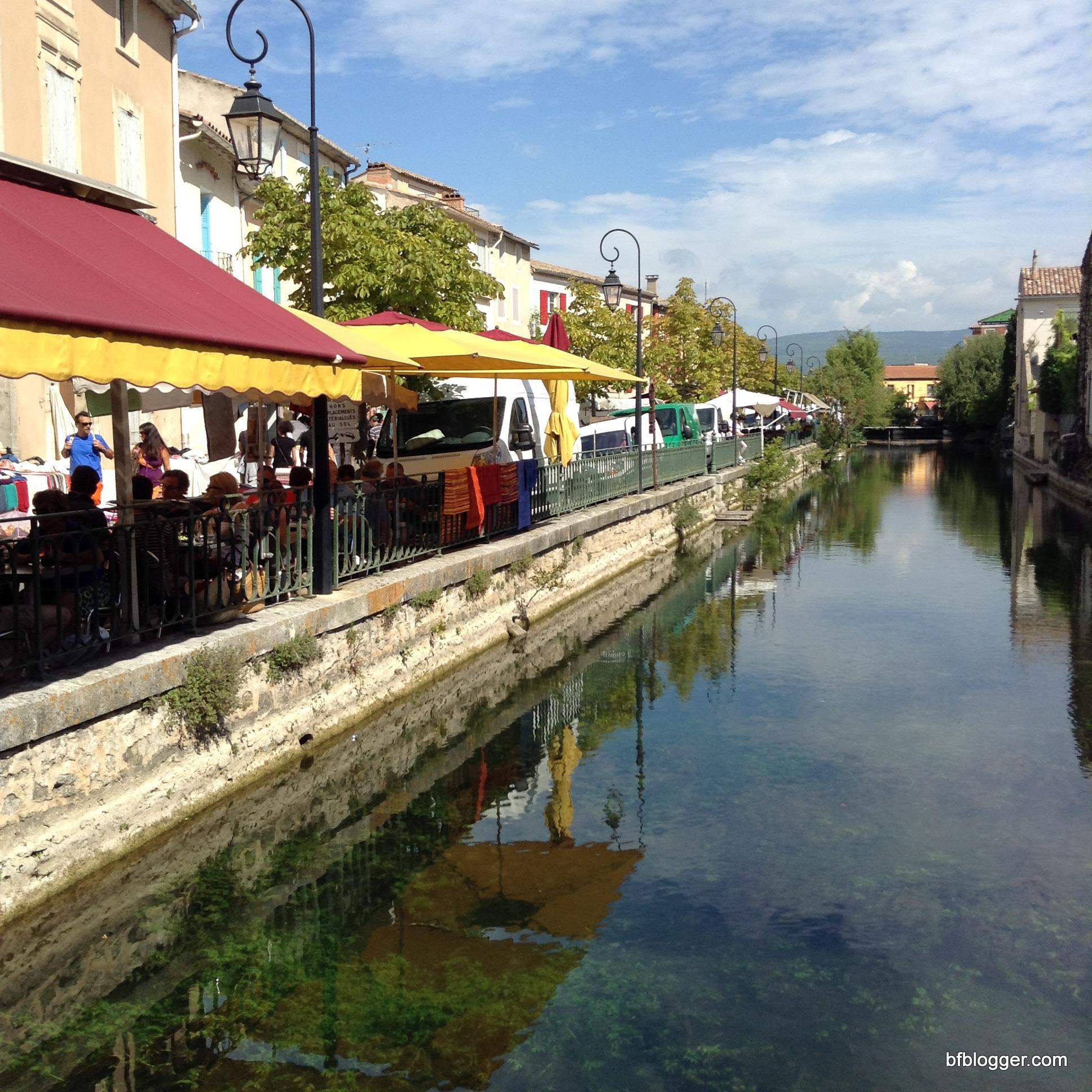 A Sunday in Provence L isle Sur la Sorgue Barefoot Blogger