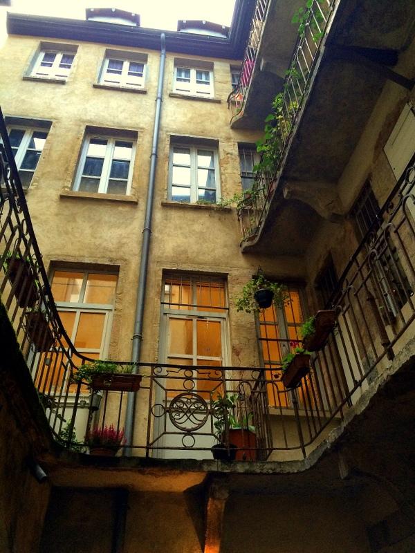 Lyon Behind Closed Doors
