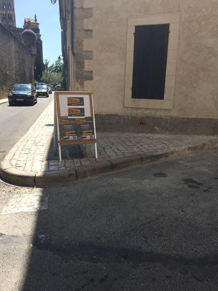 """Deviation"" Exhibit in Uzes"