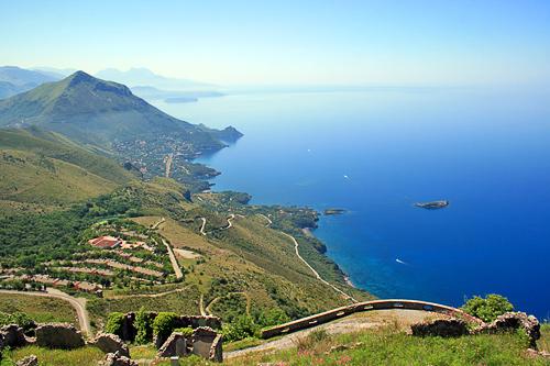 Coastline of the town of Maratea - www.understandingitaly.com