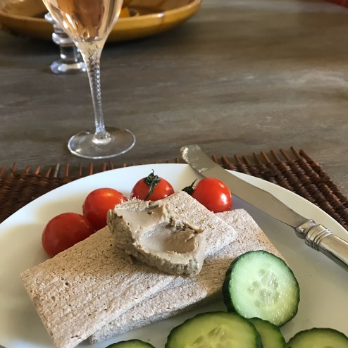 Anchoide (anchovy spread) with veggies