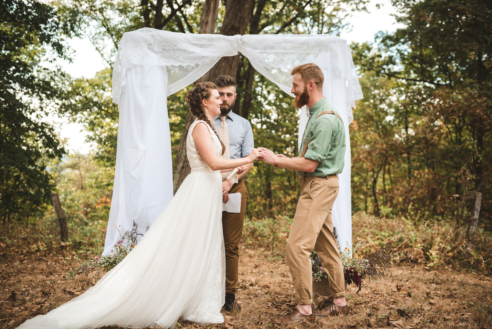 outdoor-west-virginia-boho-wedding