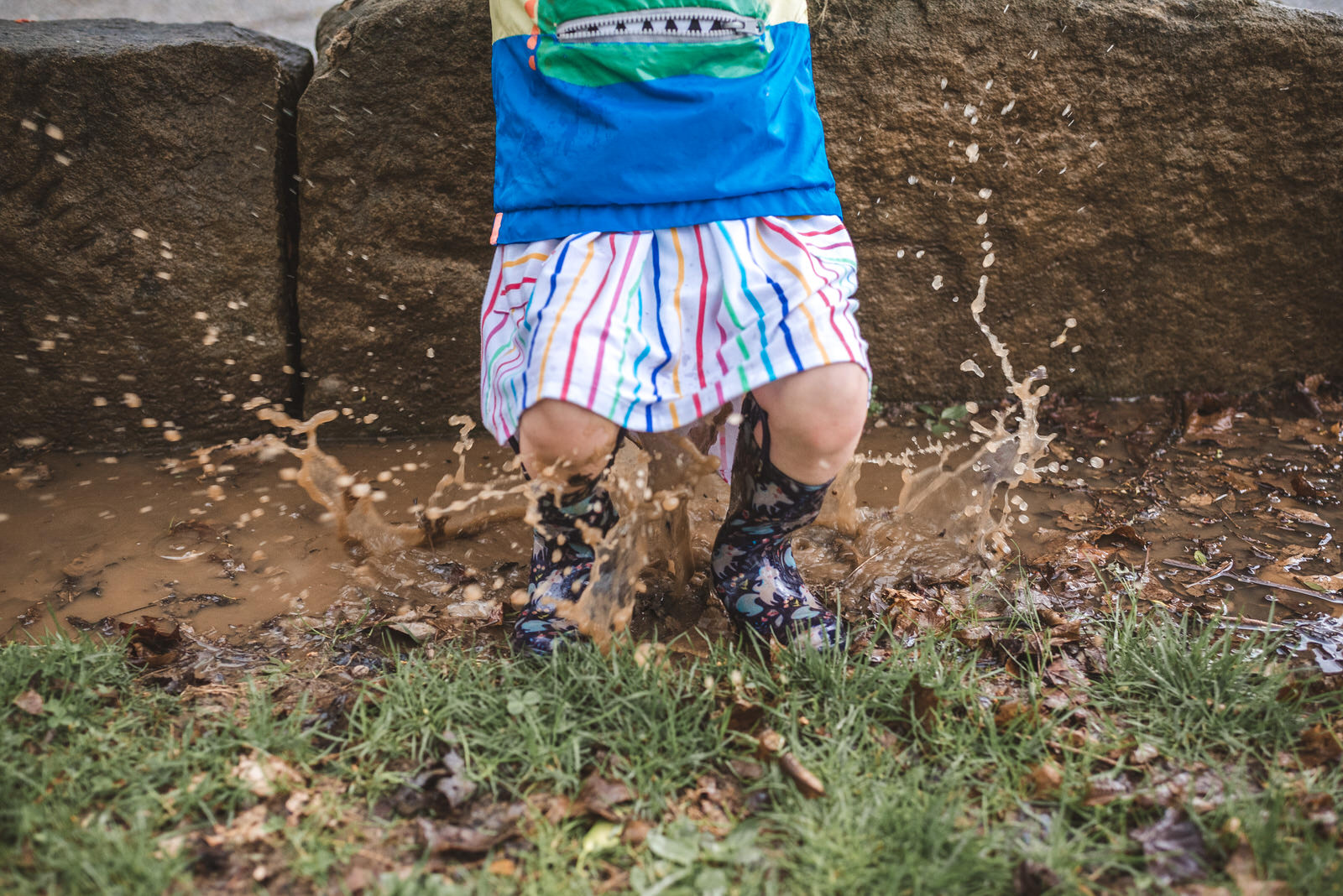 playing in the mud with photographer in Athens ohio