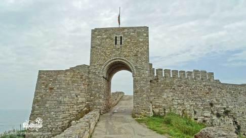 Входът на крепостта на нос Калиакра
