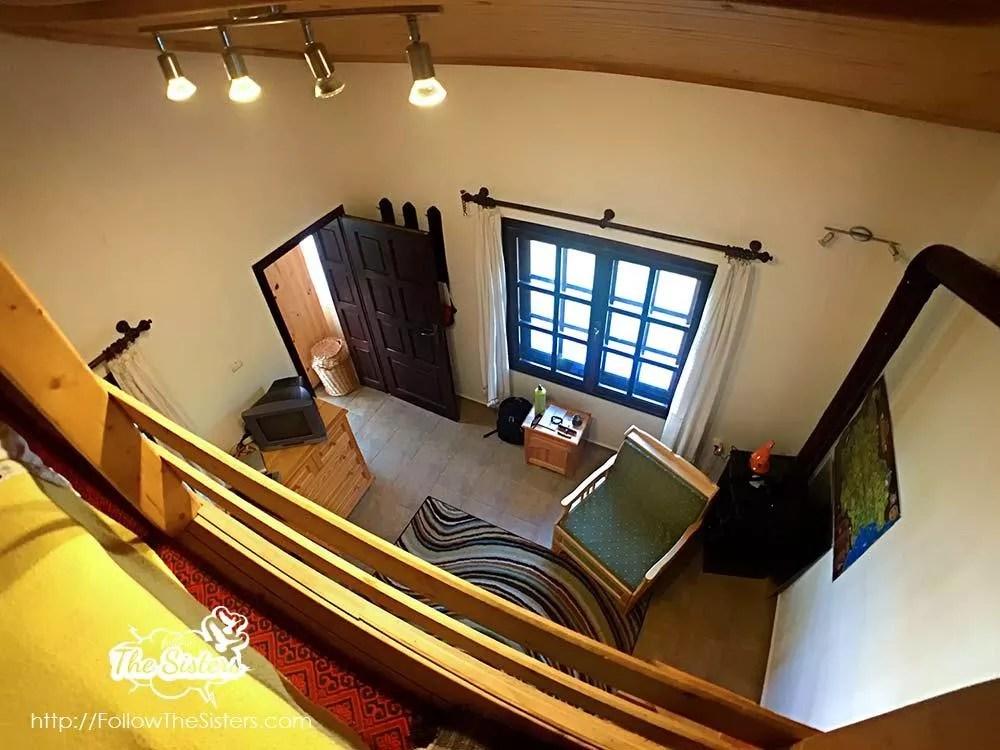 Малката-къща-в-Сливен-гледка-от-втори-полуетаж
