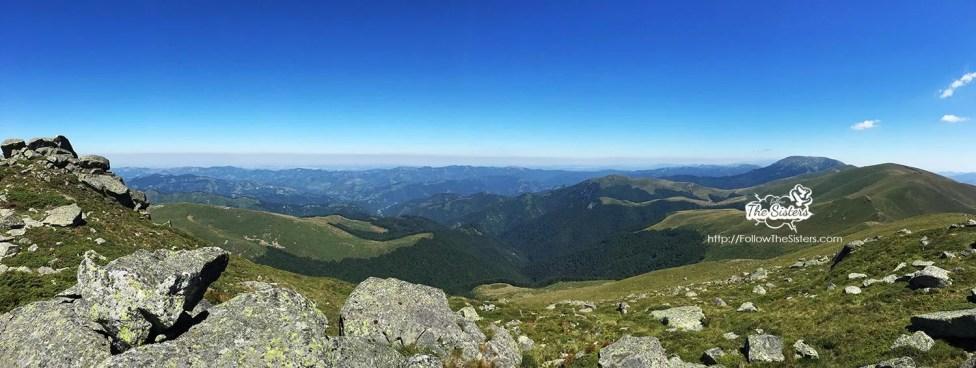 Панорама от поредния връх на Стара Планина