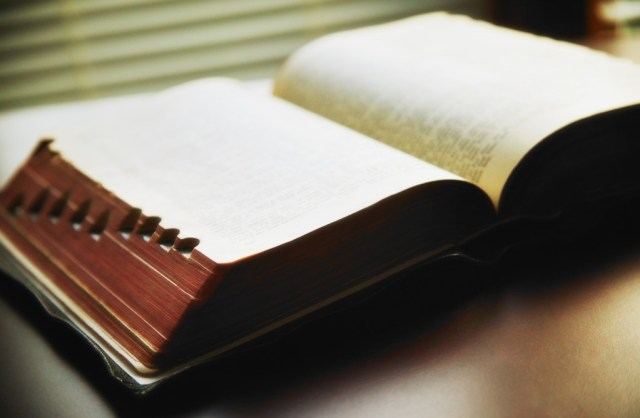Bible - Billy Graham Daily Devotional - Words To Count On