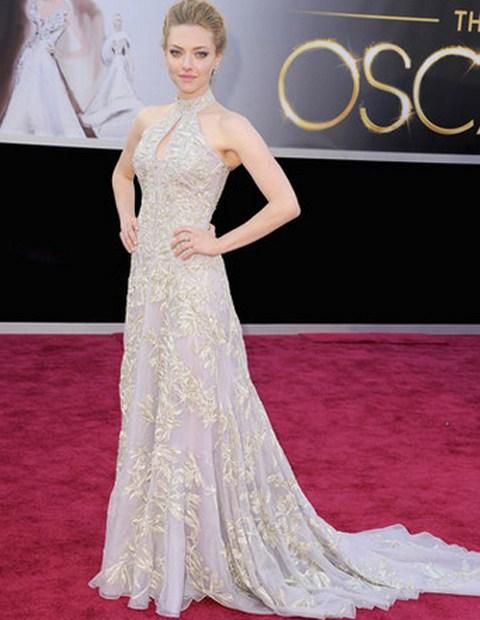 Amanda Seyfried en la alfombra roja de los Premios Oscar 2013