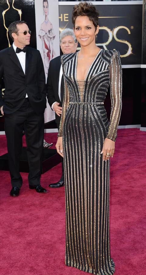 Halle Berry en la ceremonia de los Premios Oscar 2013