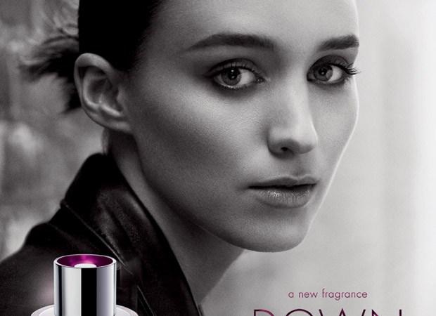 La actriz Rooney Mara imagen de la fragancia Downtown de Calvin Klein