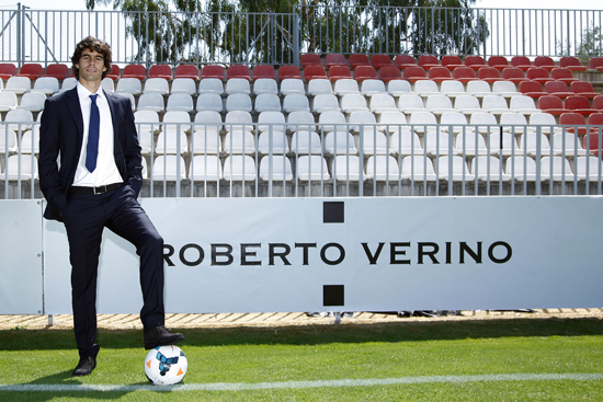 Thiago para Roberto Verino