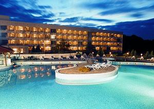 СПА-хотел Аугуста - топ хотел в Хисаря с минерален басейн