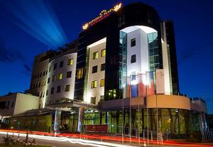 Хотел Дипломат Плаза в Луковит