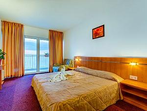 ХОТЕЛ ЕЛЕГАНС - един от евтините хотели между Равда и Несебър