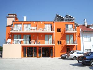 Хотел Марина Каваци
