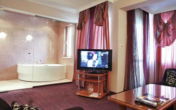 Хотел Атлантик с джакузи в стаята