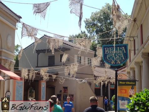 A ton more ropes can be seen hanging over the larger San Marco village