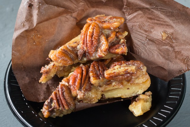 Busch Gardens Williamsburg Food and Wine Festival 2017 Pecan, Bacon & Chocolate Bars