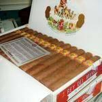 黃牌羅布圖25支木盒裝雪茄禮盒   百國煙禮國際貿易有限公司