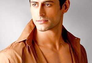 Mohit Raina as Mahadev