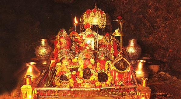 Baithi Maa Baithi Maa Gahri Gufao Me Thandi Hawao Me Gahri Gufao Me Mata Vashino Bhajan Mp3 Lyrics Panna Gill