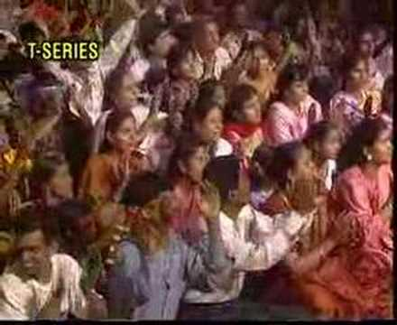प्यारा सजा है तेरा द्वार भवानी  – दुर्गा भजन हिंदी लिरिक्स