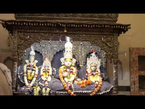 Shringar Aarti Of Shri Kanak Bihari Ji Bhagwan as On 14-03-2015