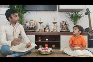 ACHYUTAM KESHAVAM KRISHNA DAMODARAM| अच्युतम केशवम कृष्ण दामोदरं | Krishna Aarti By 4 yr old Eshman.