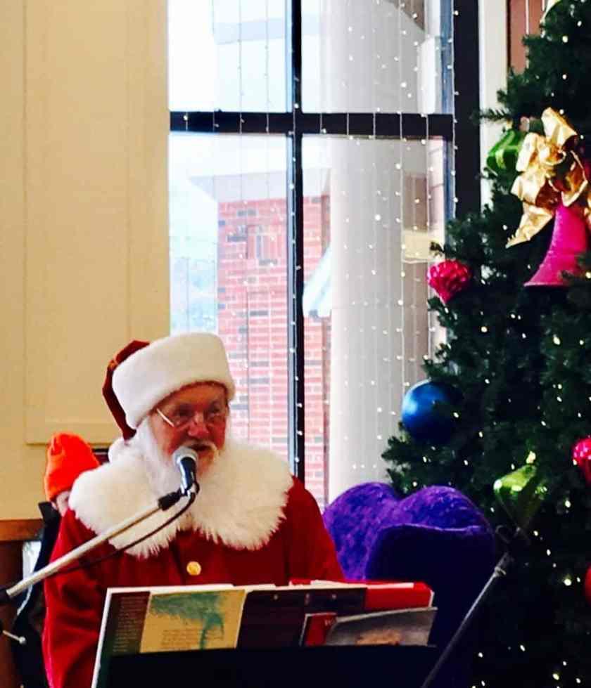 Singing Santa at Brookwood Mall in Homewood, Alabama