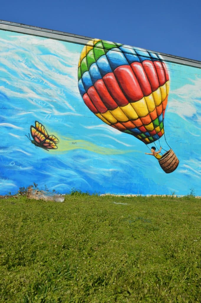 Woodlawn's new Mural – The Sky's The Limit