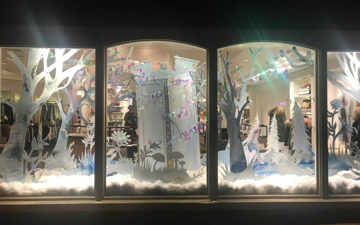 Sneak peek at holiday window displays in Birmingham