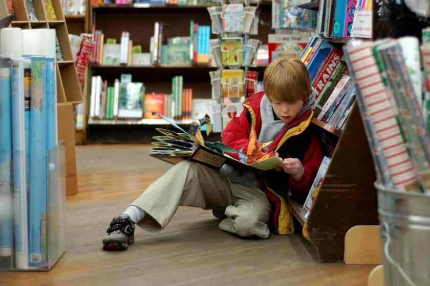 Birmingham, Books-A-Million, childen, children reading, books, bookstore