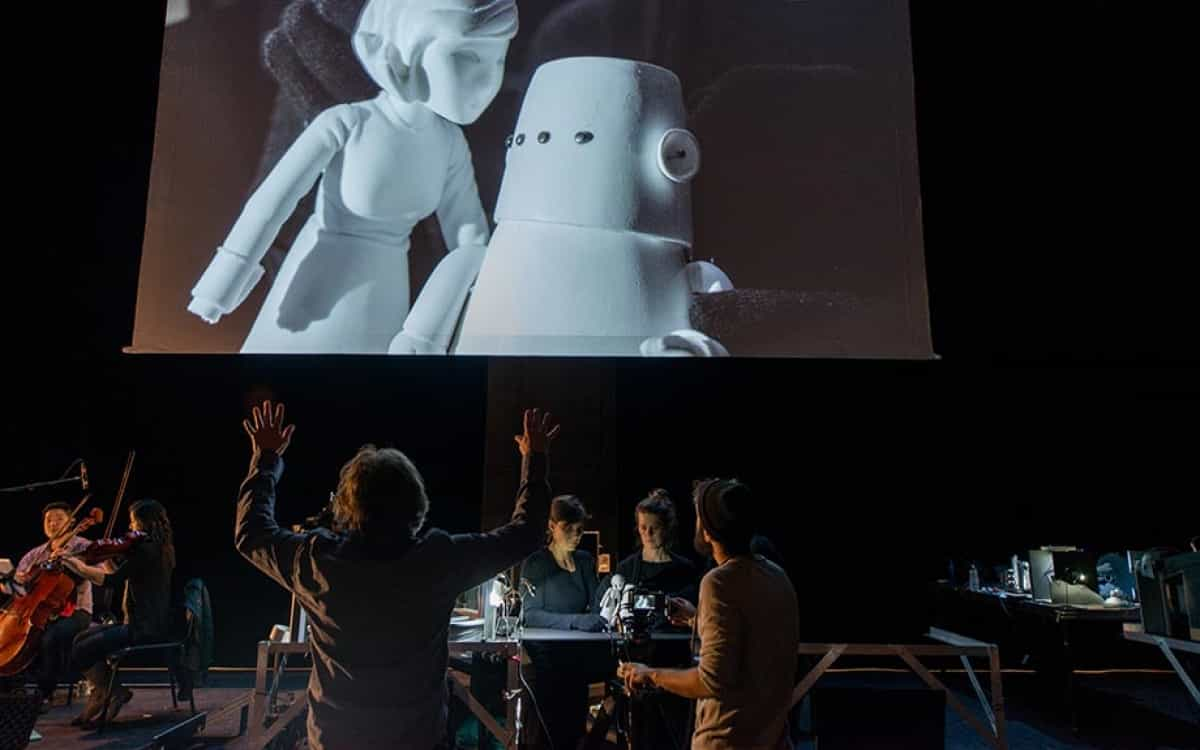 Birmingham, get ready for the robot puppets of 'Nufonia Must Fall'!