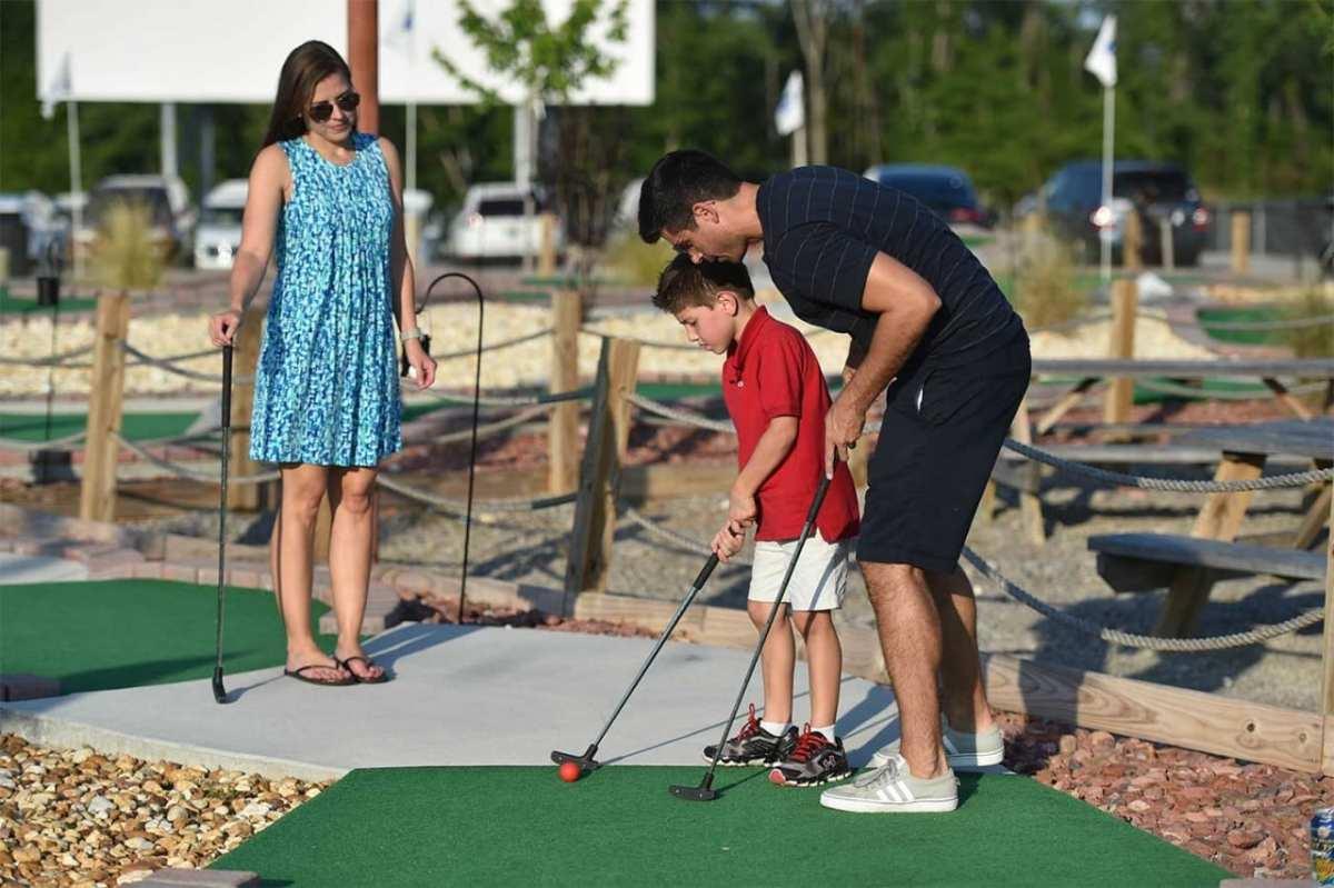 how to make a golf hole