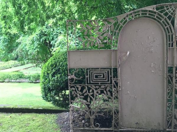 Birmingham, Alabama, secret garden, Pink House, Homewood