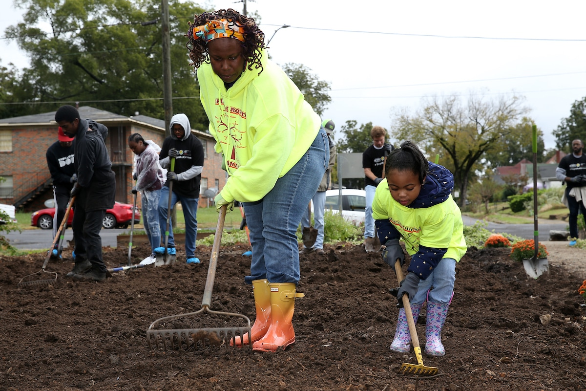 Toyota Green Initiative volunteers made 'magic' happen at the West End Community Garden