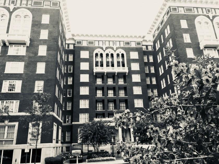Birmingham, Alabama, The Tutwiler hotel, haunted