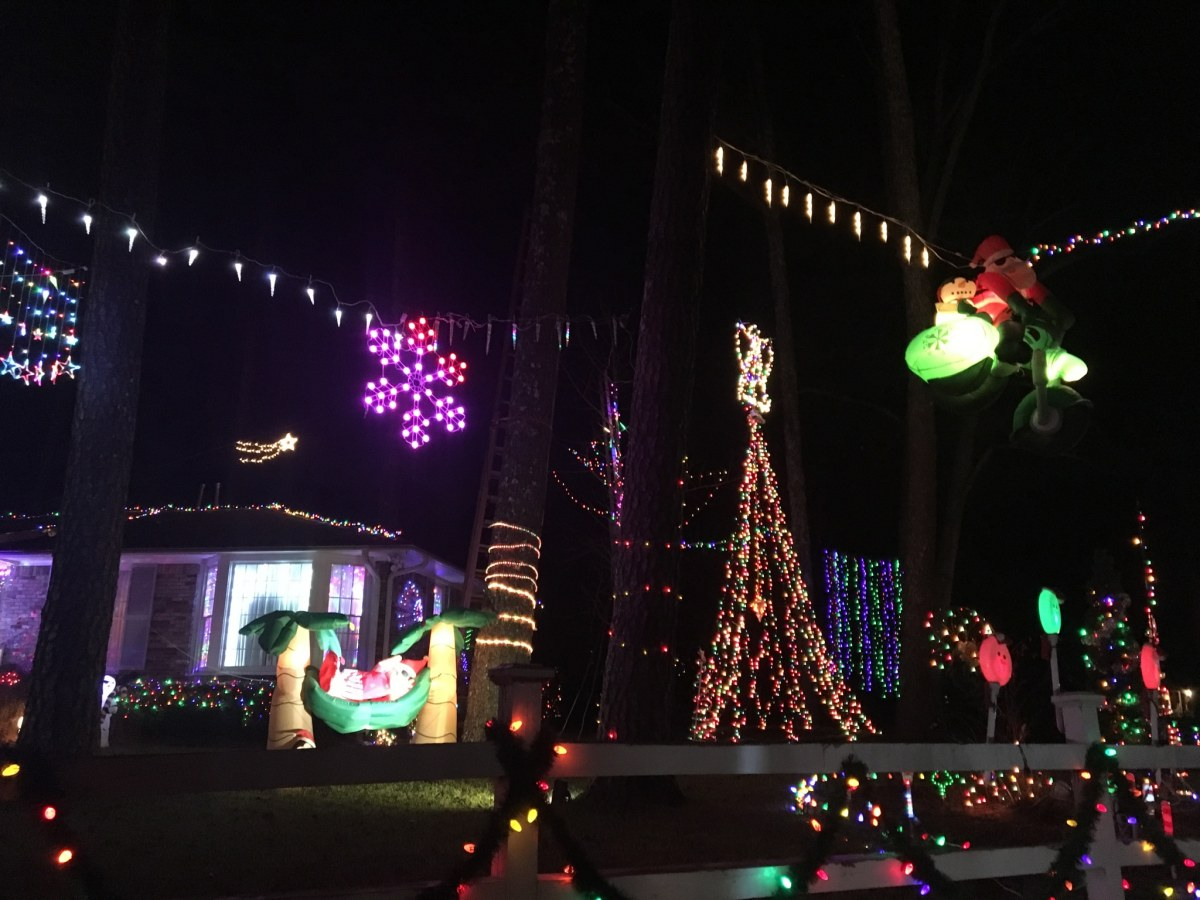 7+ must-see holiday light displays around Birmingham, including Shadrack's Christmas Wonderland