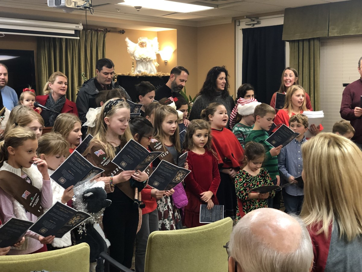Join Asbury United Methodist Church for a Christmas Cantata and Christmas Eve Candlelight Services