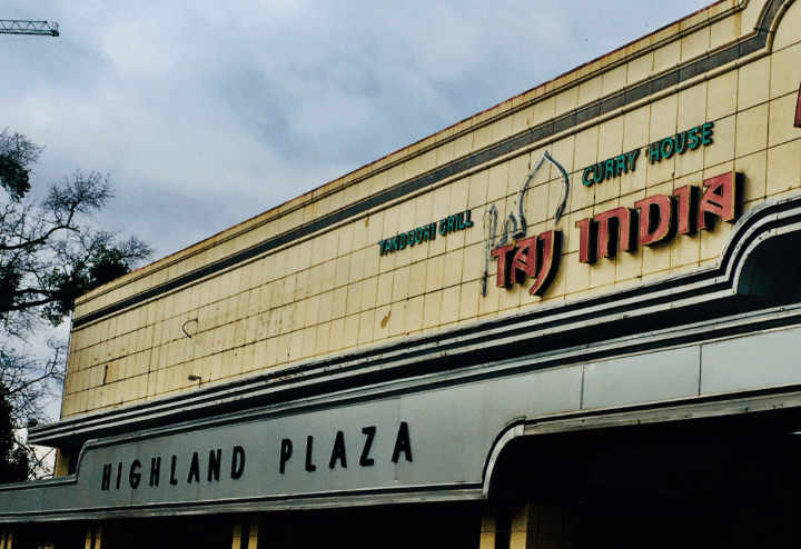 Birmingham, Alabama, Highland Plaza, Taj India