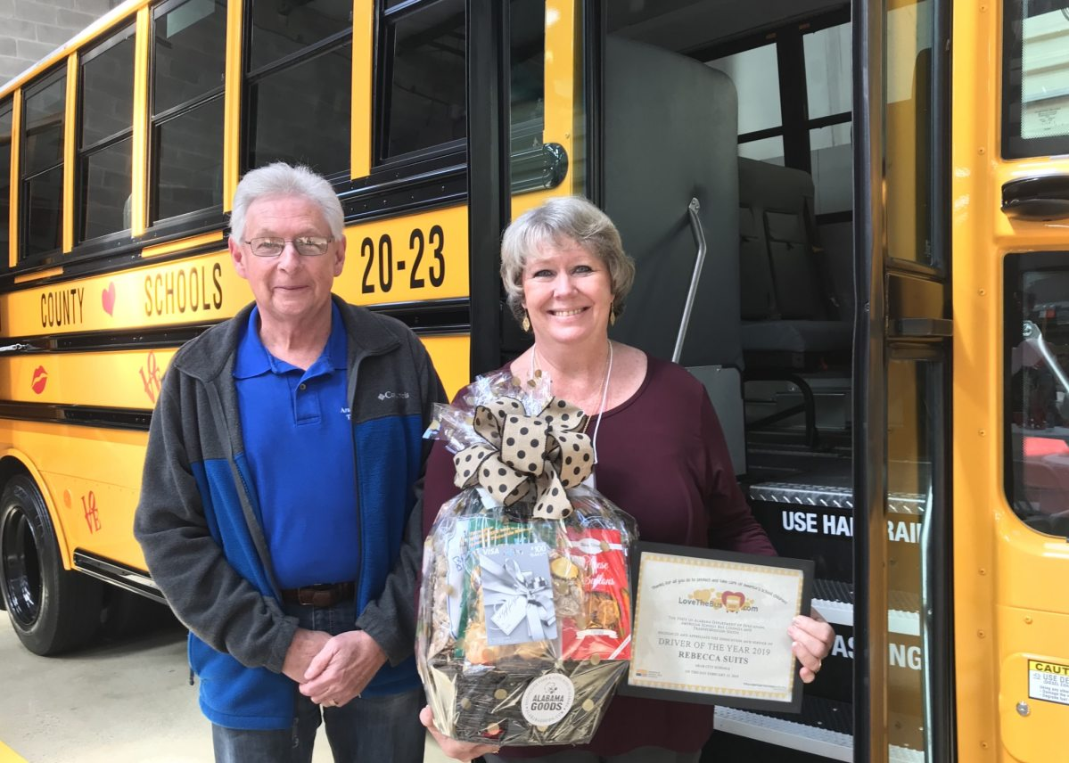 """10th annual """"Love the Bus"""" event honors 2019 Alabama school bus driver of the year"""