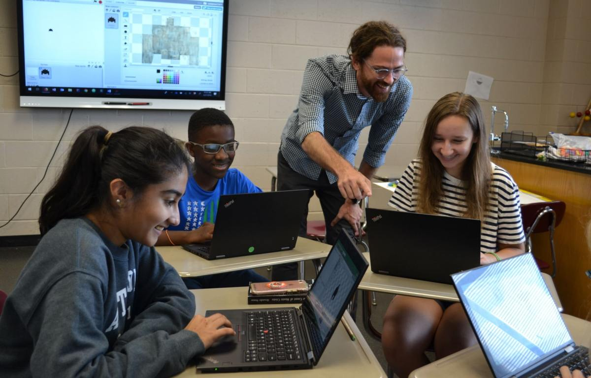 Four things to know about the highly acclaimed computer science curriculum at The Altamont School