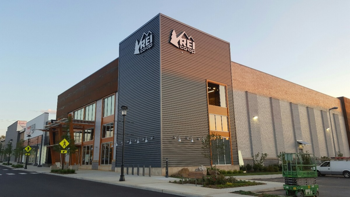 Outdoor supply co-op REI coming to Summit in Birmingham
