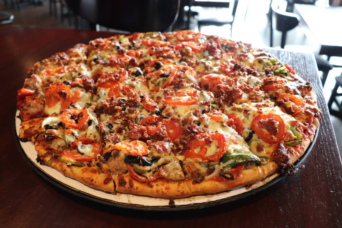 Chicago-style pizza spot Rosati's is coming soon to Birmingham
